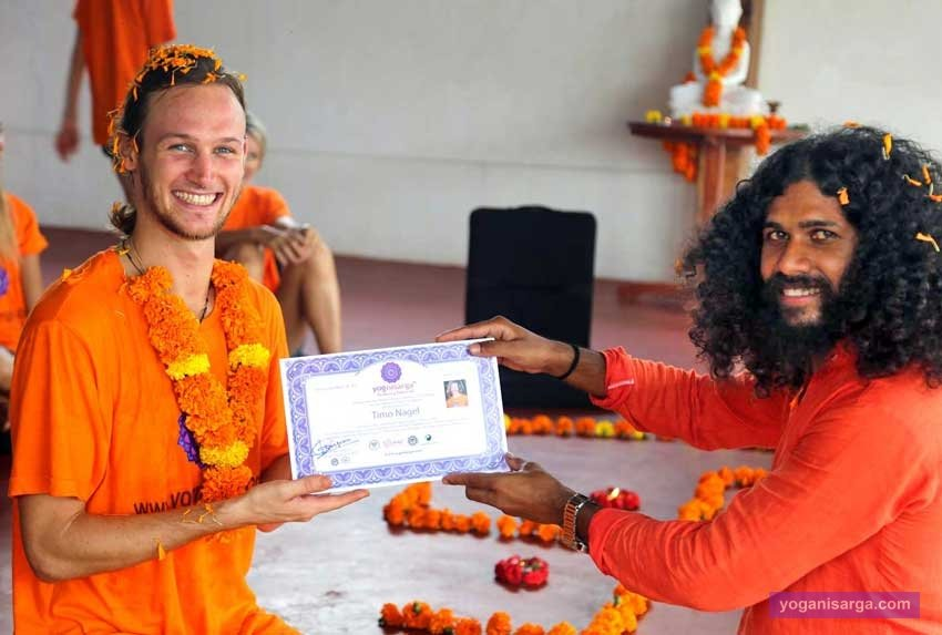 Yoga-teacher-certification-Goa