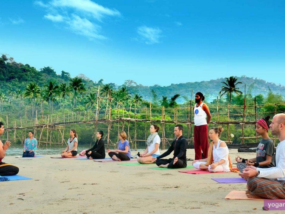 7 Ways How Yoga Impacts Your Mental Health - yoga nisarga